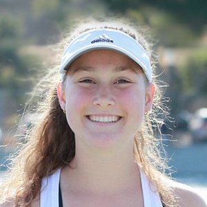 Jacqui Caulfield 2018 Girls Varsity Tennis