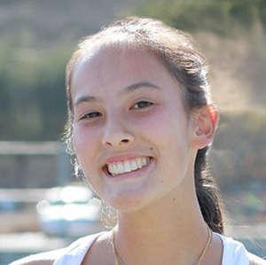 Vivian Toni 2018 Girls Varisty Tennis