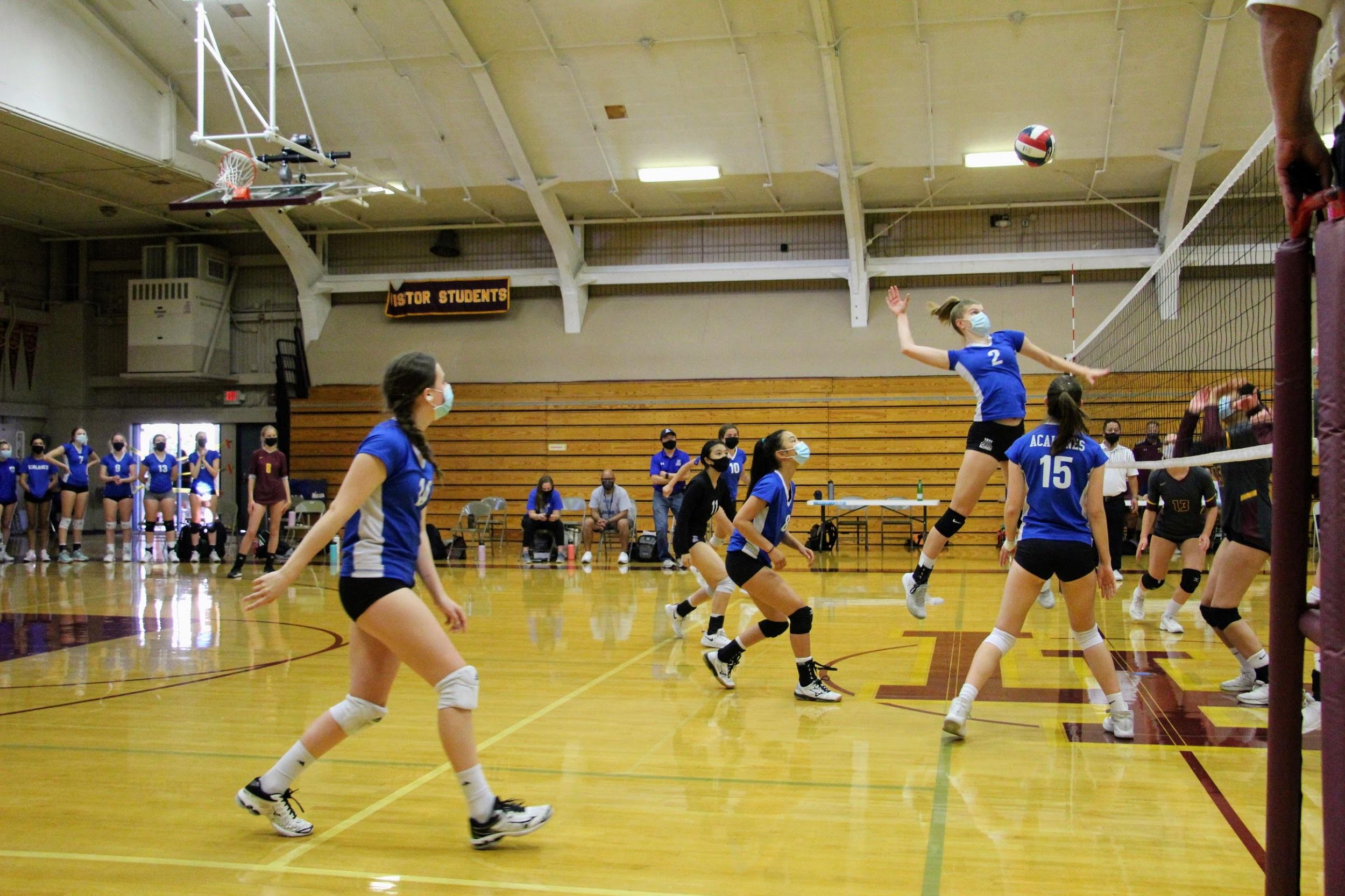 JV Girls Volleyball Handily Beats Las Lomas