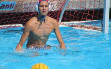 Boys Water Polo outduels the Knights!