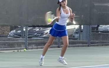 Girls Varsity Tennis