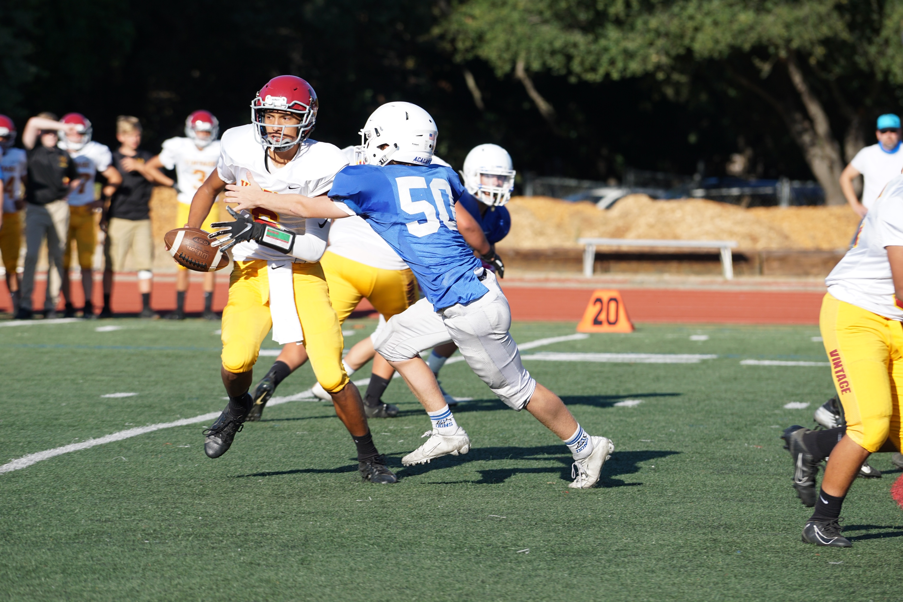 Freshmen Dons Football Fight to the End