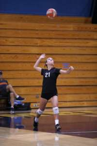 Dons Freshman Vollleyball Drops Close Match at Alhambra