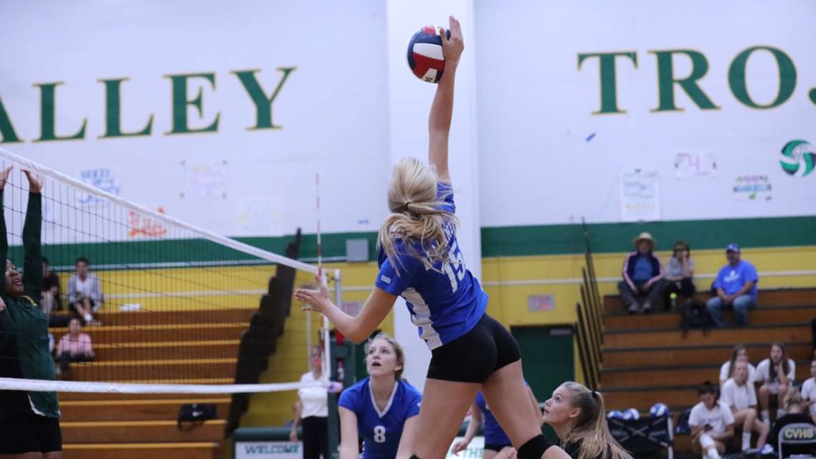 JV, Freshman Volleyball Excel in Preseason Tournaments