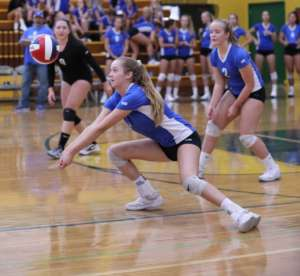 Dons Varsity Volleyball Fights Tough Competition in East County Invitational