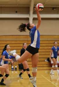 It Takes Two Days, But Dons Varsity Volleyball Finally Takes Down the Mats