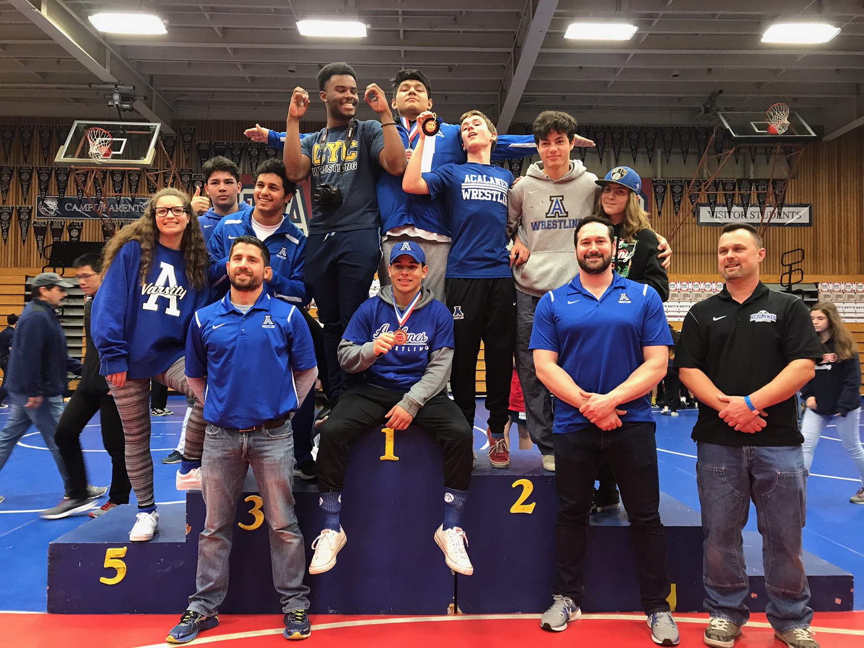Varsity Wrestling: Williams, Correa, Trainer, Qteishat advance to NCS